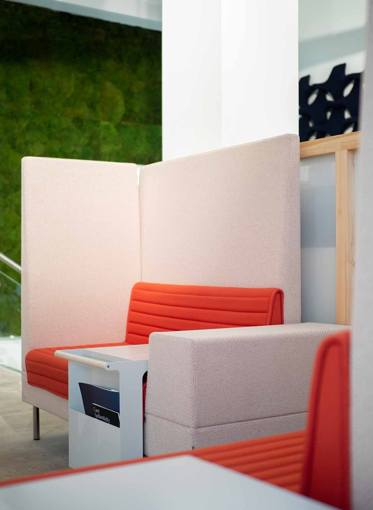 Offecct float high sofa system in pink and red in uk flokk showroom