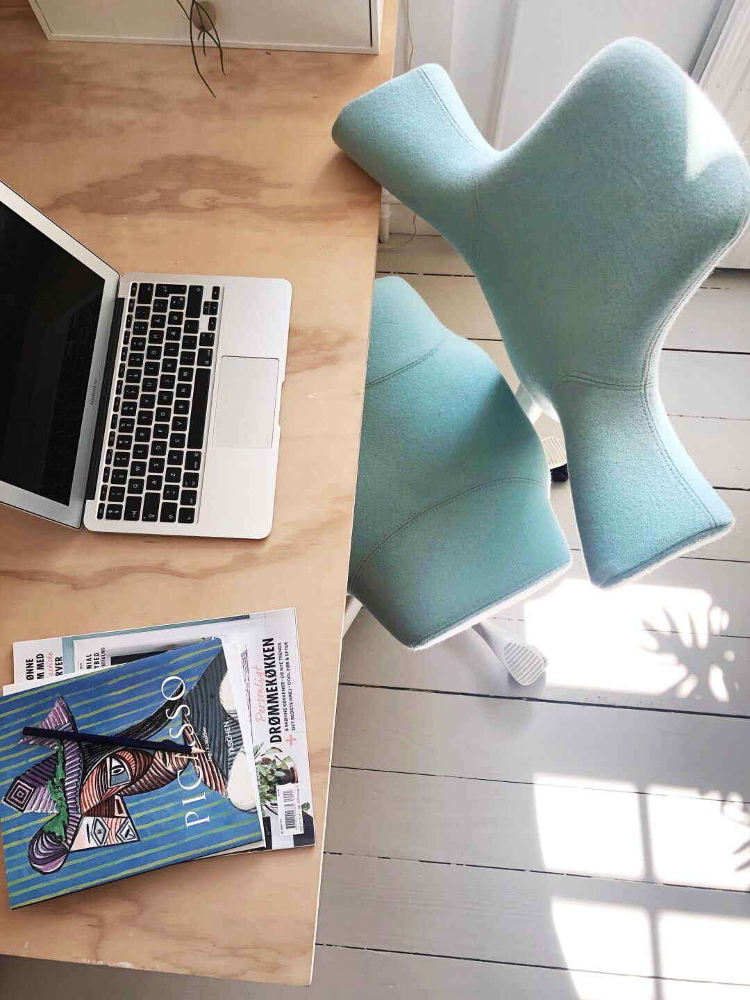 HÅG Capisci in green blue - design tips for working from home and designing a home office